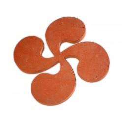 Croix Basque en terre cuite 38cm ép.2cm Rosé-Rouge Modelé Vieilli Main -