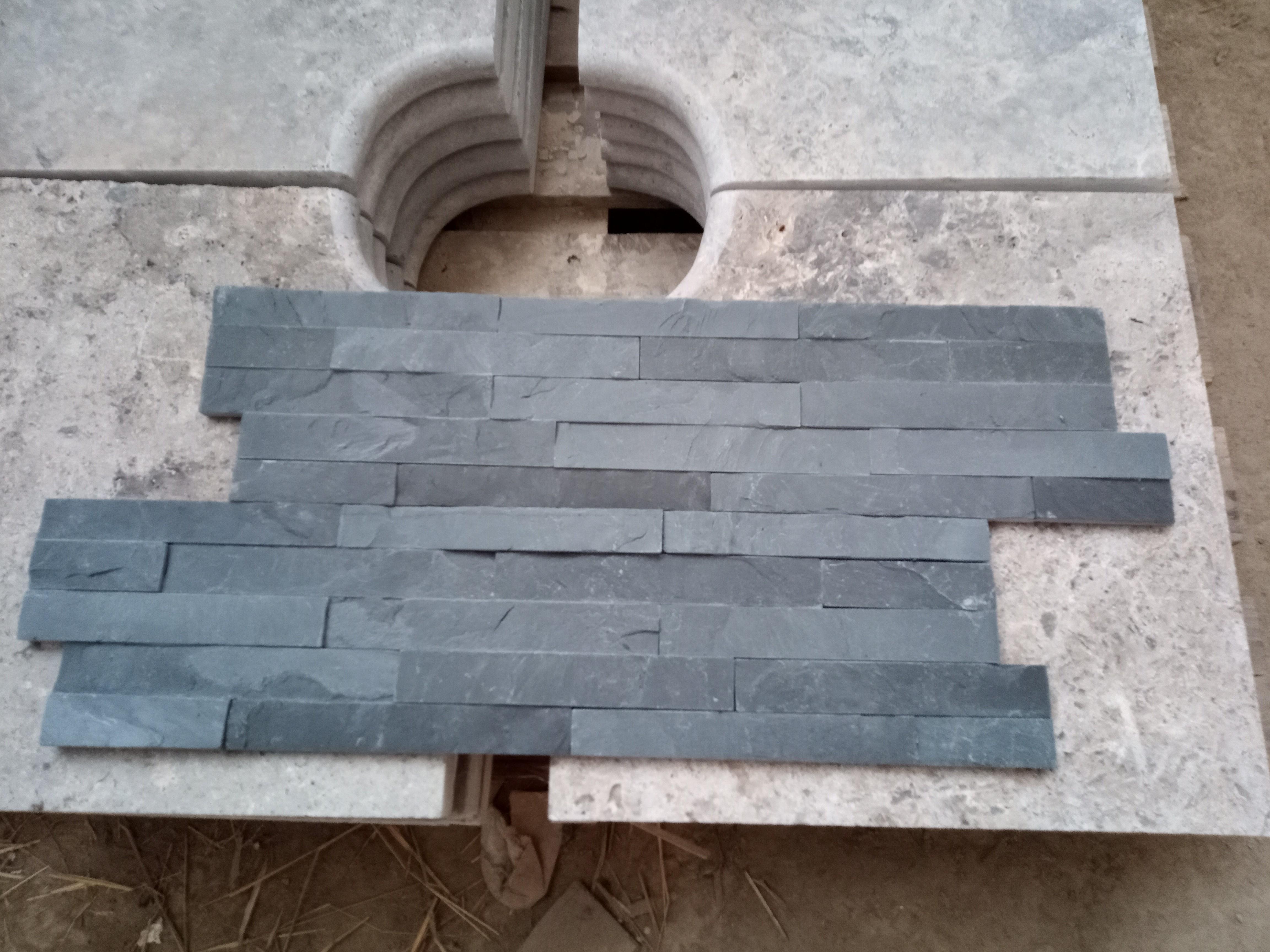 Plaquettes de parement Ardoise Noire 600x150x12 à 20 mm