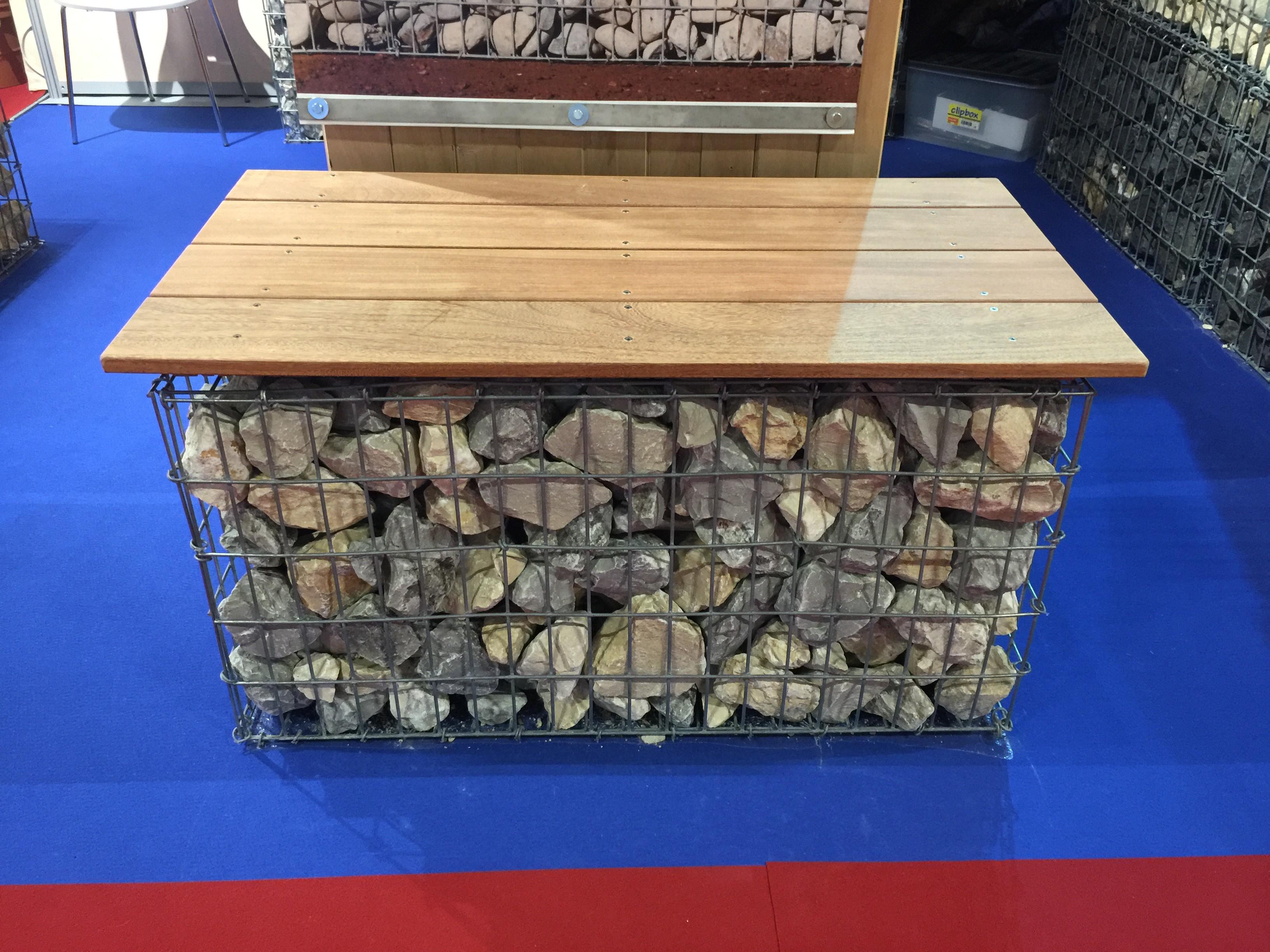 Gabion 1x0.5x0.7 m pré-rempli galets de Garonne ou Calcaire Gris