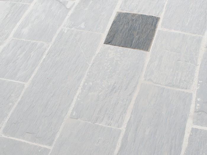 Paillis de Schiste Noire 1000x500x30 à 70 mm
