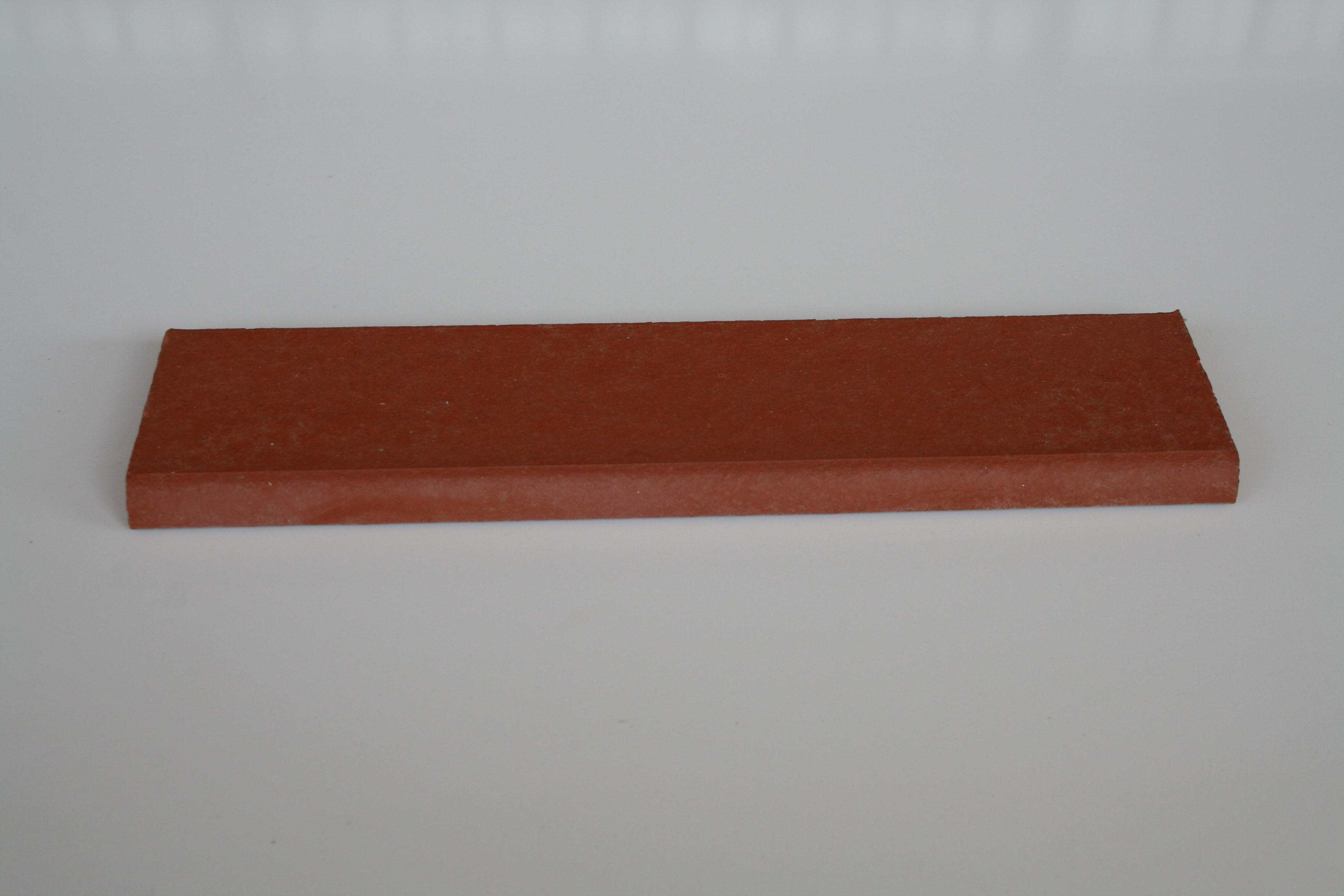 Plinthe en terre cuite lisse rouge 27.2x6.5x1.3 cm