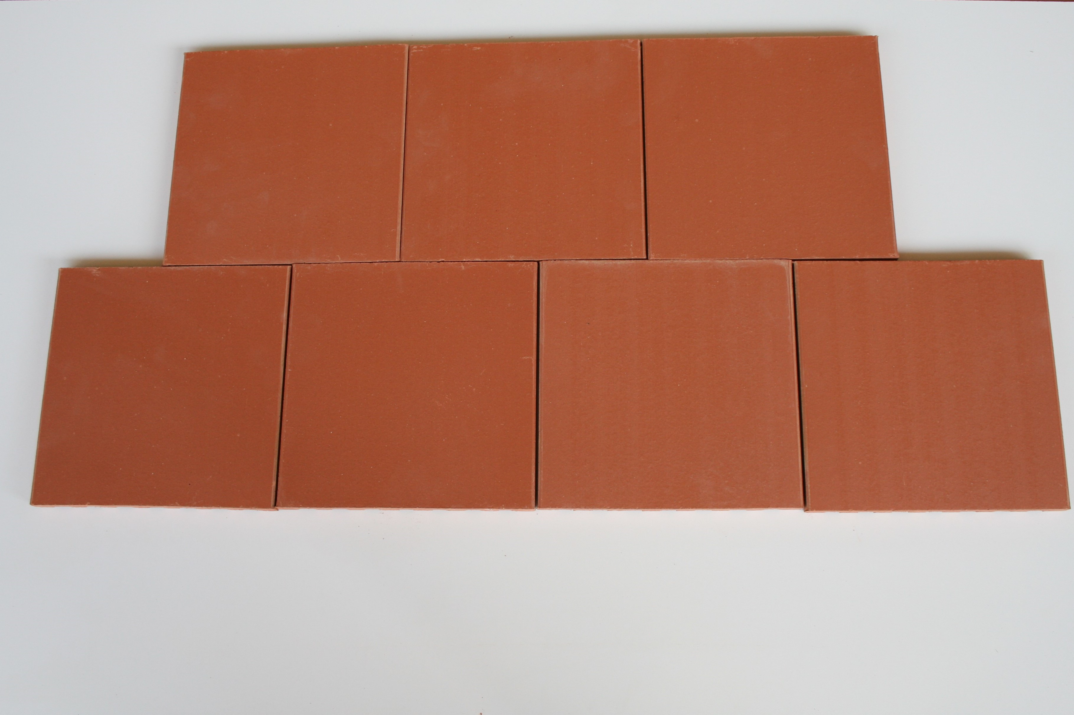 Carreaux terre cuite lisse saumon 20x20x1.4 cm