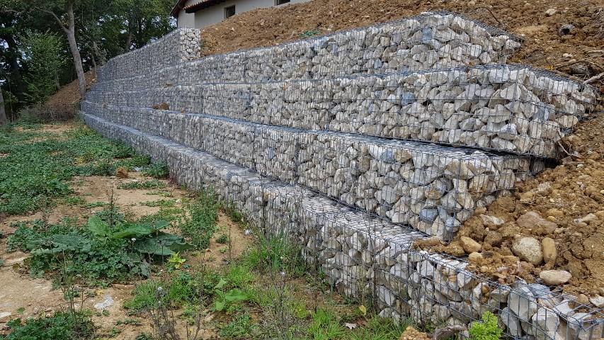 Mur de soutènement en gabions pré-remplis calcaires gris