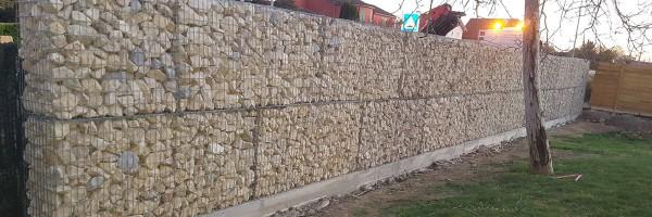 Réalisation - Gabions pré-remplis avec calcaire beige